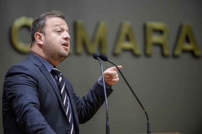 Comparecimento com o Secretário Ramiro Rosario. Na foto, o vereador André Carús.