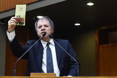 Período de Comunicações Temático sobre o trabalho com as pessoas com deficiência no Educandário São João Batista. Na foto: vereador Dr. Humberto Goulart