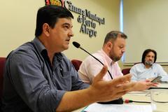 Reunião da Comissão de Saúde e Meio Ambiente sobre a Rede Municipal de Atendimento à Psoríase. Na foto, o vereador José Freitas.