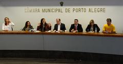 Reuinião para discutir questões relacionadas ao Projeto de Lei Complementar do Executivo nº 017/16, que versa sobre a criação de Áreas Especiais de Interesse Social em Porto Alegre.
