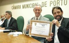 Stumpf recebe tíitulo de Líder Comunitário da Câmara Municipal Foto: tonico alvares