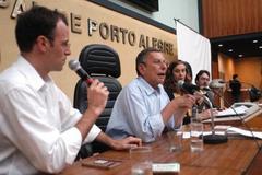 Cientista político italiano Luigi Bobbio fezpalestra na Câmara Municipal. Foto: Caroline da Fé