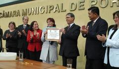 Maristela Maffei entregou prêmio aorepresentante de Ikeda Foto: tonico alvares