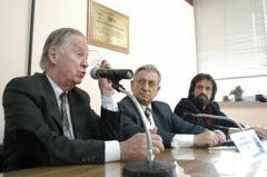 Comissão busca solução para falta deum HPS na Zona Sul da cidade Foto: Elson Sempé Pedroso