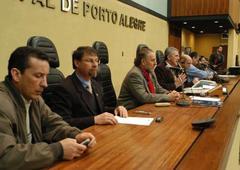 Comissão discutiu propostas para garantir desconto na energia elétrica a produtores Foto: Kaiser Konrad