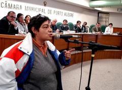 Moradores dizem que sofrem agressões de órgãos municipais  Foto: Juliana Freitas