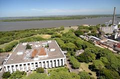 Câmara Municipal tem sua sede no Palácio Aloísio filho, às margens do Guaíba