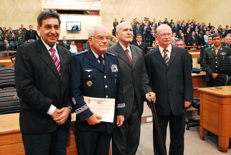 Melo (e), Flávio Lencastre, Dib e Heinen Foto: Camila Domingues