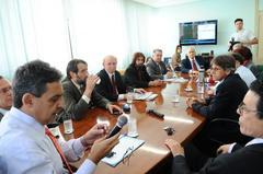 Na reunião, vereadores ouviram reprodução de entrevistas Foto: Elson Sempé Pedroso