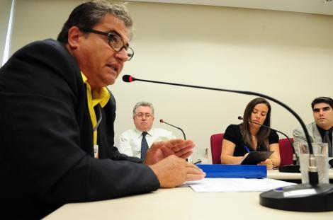 Santos projeta mais um turno de trabalho nas UTs Foto: Elson Sempé Pedroso