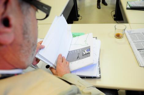 Comissão recolheu assinaturas de todos os sete vereadores Foto: Eduarda Amorim