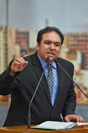 Discussões sobre o veto parcial do executivo ao plano diretor. Na foto: Vereador Dr. Thiago Duarte