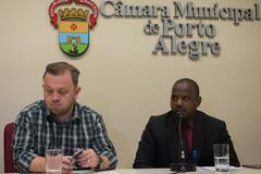 Petista (d) cobrou atenção do governo ao Pronto Atendimento Cruzeiro do Sul