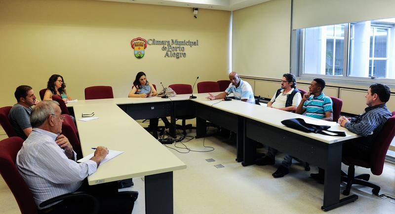 Reunião do Grupo de Trabalho que trata das etapas do Projeto Federal Minha Casa Minha Vida (condomínio Repouso do Guerreiro e outros), constituído a partir de encaminhamento da CUTHAB.