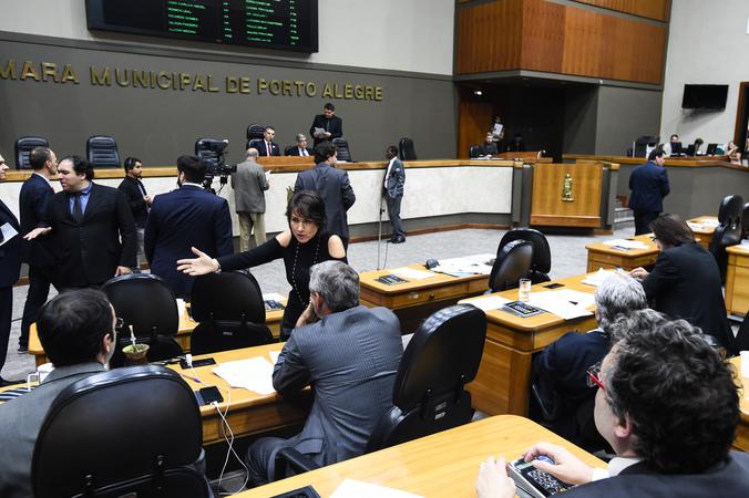 Plenário durante votações