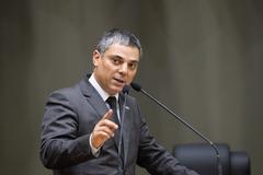 Presidente Cassio Trogildo se despede do cargo de presidência da Câmara.