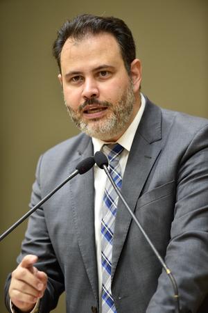 Retrato do vereador Ricardo Gomes.