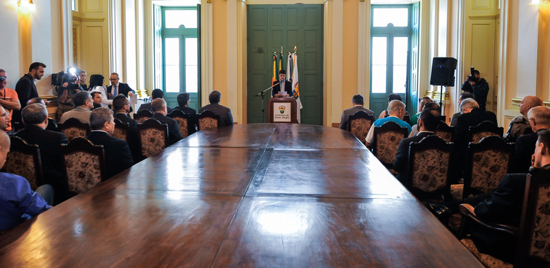 Presidente em exercício Monica Leal participa do Ato de Sanção do Projeto de Lei Complementar Antivandalismo.