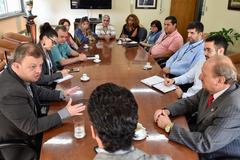 Presidente e COSMAM se reúnem para debater o assunto coleta seletiva em Porto Alegre.