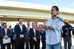 Presidente da CMPA participa do Ato na Trincheira da Ceará, de Reinício das Obras da Copa. Na foto, ao microfone, o Presidente da CMPA, Valter Nagelstein.