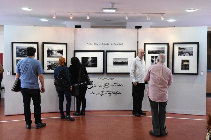 Premiação e cerimônia de abertura da exposição do XV Concurso de Fotografia Sioma Breitman.