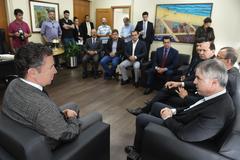 Visita do pré-candidato à presidência pelo PRB, Flávio Rocha. Na foto: presidente da CMPA, Valter Nagesltein (e) e Flávio Rocha