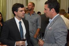 Presidente Valter participa  da degustação de vinhos Malbec no Consulado da Argentina.