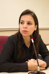 Reunião da CEDECONDH sobre a Ocupação Mulheres Mirabal. Na foto, a coordenadora da Mulher da Secretaria Municipal de Desenvolvimento Social e Esporte, Fernanda Machado.
