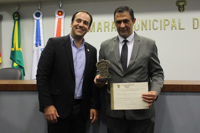 Vereador Moisés Barboza e professor Carlos André Bulhões Mendes