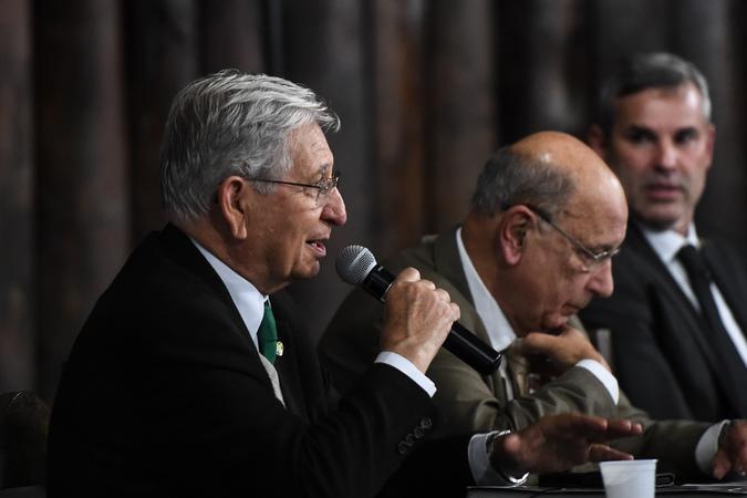 Comissão Especial do IPTU faz reunião extraordinária no bairro Sarandi. Na foto, vereador João Carlos Nedel ao microfone