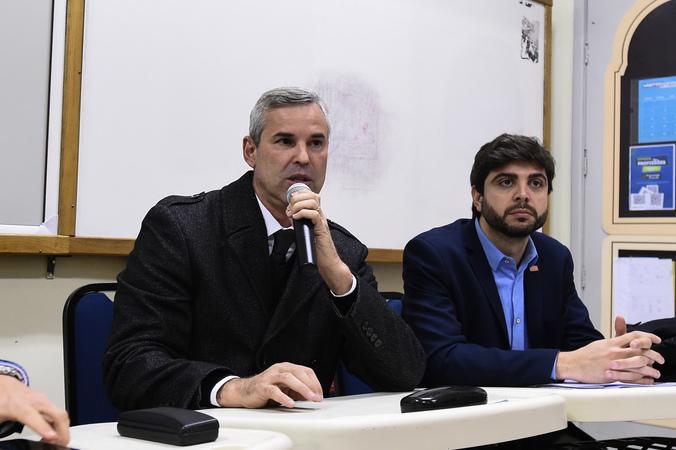 Comissão Especial do IPTU faz reunião extraordinária no Colégio Rosário. Na foto, vereador Mauro Pinheiro, presidente da comissão, e vereador Felipe Camozzato