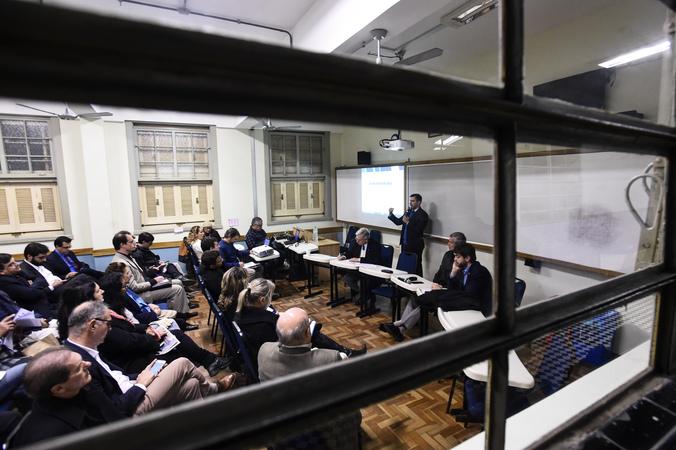 Comissão Especial do IPTU faz reunião extraordinária no Colégio Rosário.