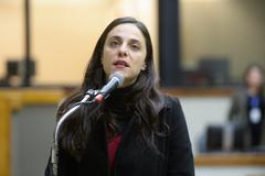 Sessão Solene de outorga da Comenda Porto do Sol à Themis - Gênero, Justiça e Direitos Humanos. Na foto, a vereadora Fernanda Melchionna.