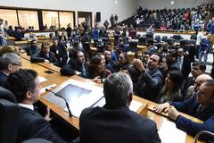 Sessão se inicia pela votação do veto parcial à Lei Geral dos Táxis