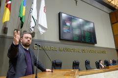 O vereador André Carús (MDB), autor da homenagem