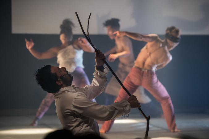 """Espetáculo """"WhatsApp para Shakespeare"""" abre a  IV Mostra de Artes Cênicas e Música do Teatro Glênio Peres."""
