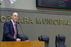 Movimentação de plenario. Na foto, o vereador Marcelo Sgarbossa.
