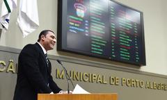 Movimentação de Plenário. Na foto, o vereador Rafão Oliveira.