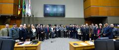 Parlamentares homenagearam os corretores de imóveis da Capital