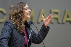 A vereadora Sofia Cavedon (PT), proponente da homenagem