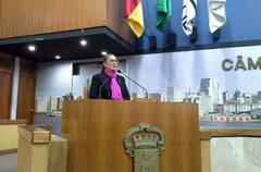 Vereadora Lourdes Sprenger (PMDB) fala sobre saúde na tribuna