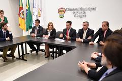 Presidente Valter Nagelstein (c) disse que, até o final do ano, Câmara terá devolvido cerca de R$ 30 milhões