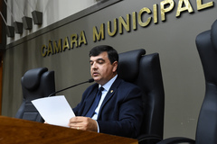 O vereador José Freitas leu o ofício enviado pelo Executivo
