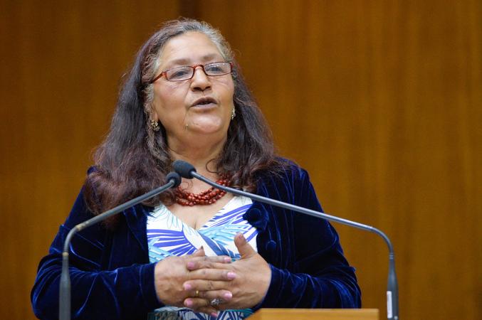 Período de Comunicações em homenagem ao Dia do Idoso. Na foto, na tribuna, a presidente do Conselho Municipal do Idoso, Leci Soares Matos.