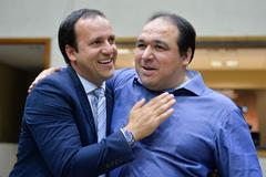 Moisés Barboza cumprimenta Dr. Thiago