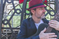 O artista vai mostrar canções do seu mais recente álbum e do primeiro disco