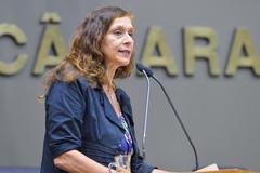 Vereadora Sofia Cavedon (PT) é a autora do projeto