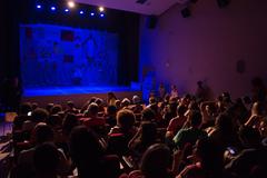 Sala tem capacidade para 80 pessoas. Espetáculos são gratuitos ao público