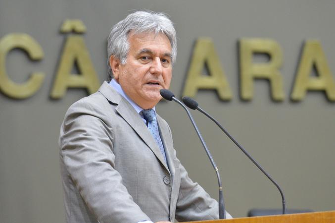 Movimentações de plenário. Na foto, o vereador Nelcir Tessaro.