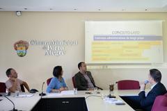 Reunião da CEDECONDH sobre parcerias público privadas e seus impactos na cidade de Porto Alegre.